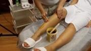 Cukorpasztás szőrtelenítés lábon